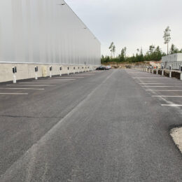 Large EV charging facility outdoor DSV