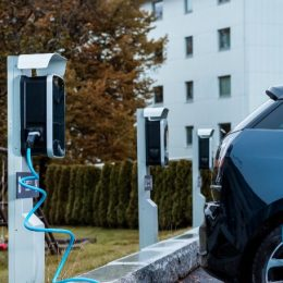 eRange Duo charging stations on poles
