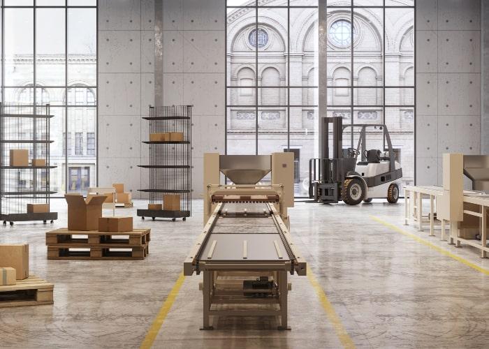 Produksjonsbånd i kombinert produksjons- og lagerlokale