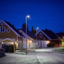 Elite Small gate/veiarmaturer i boligområde på Gjerdrum
